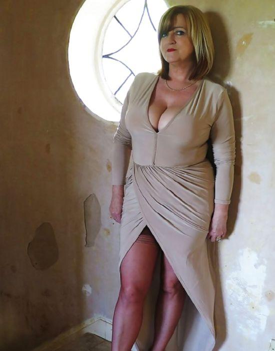 Béatrice, 48 ans (...)